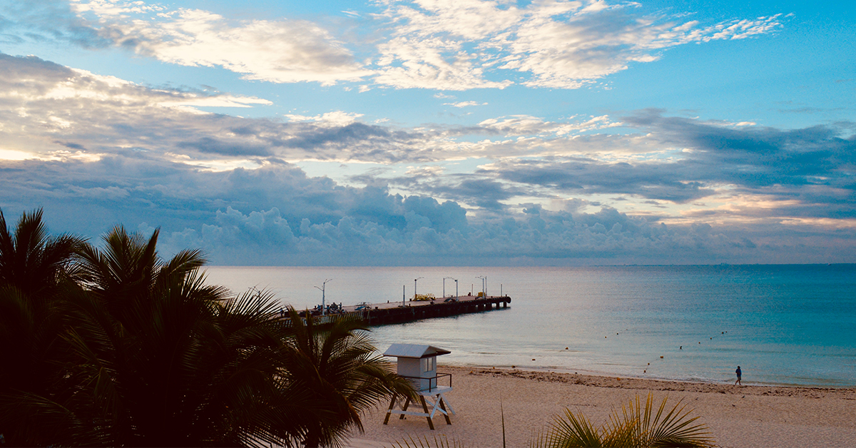 Playa tranquila Telchac, cerca de Mérida
